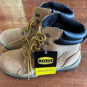 Diadora asolo safety boots